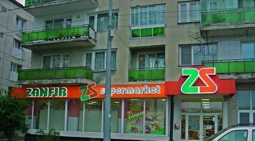 Litere volumetrice luminoase supermarket Zanfir