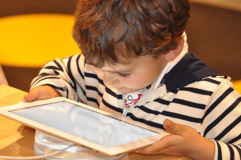 child, tablet, technology